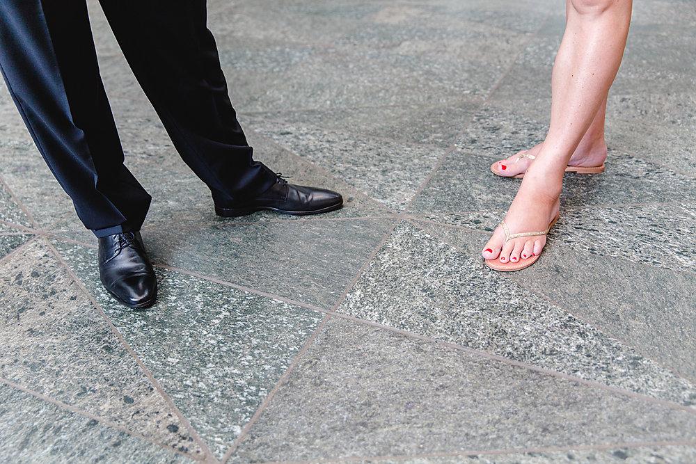 Hochzeitsfotograf-bochum-Standesamtliche-Hochzeit-am-Rheinufer-Koln-4.jpg