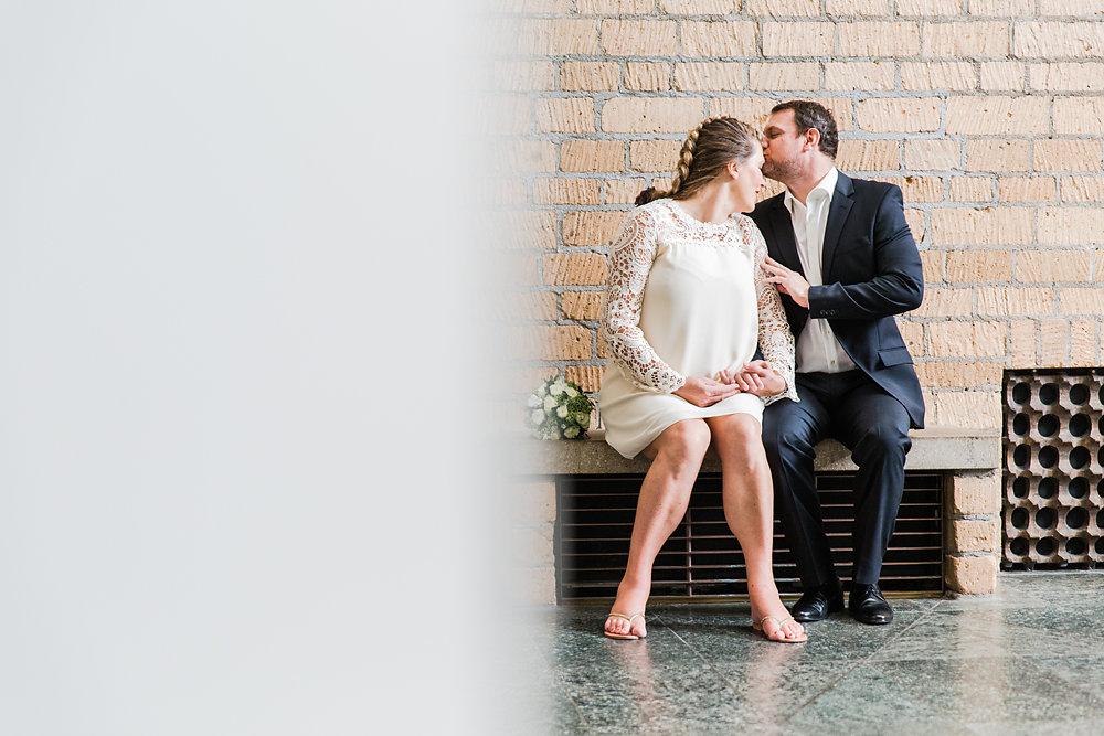 Hochzeitsfotograf-bochum-Standesamtliche-Hochzeit-am-Rheinufer-Koln-25.jpg
