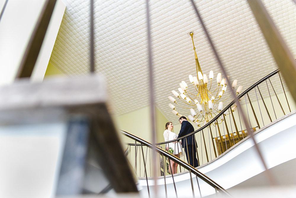 Hochzeitsfotograf-bochum-Standesamtliche-Hochzeit-am-Rheinufer-Koln-29.jpg