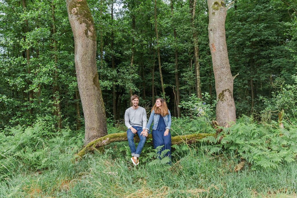 mh-hochzeitsfotografie-verlobung-im-gruenen-botropp-37.jpg