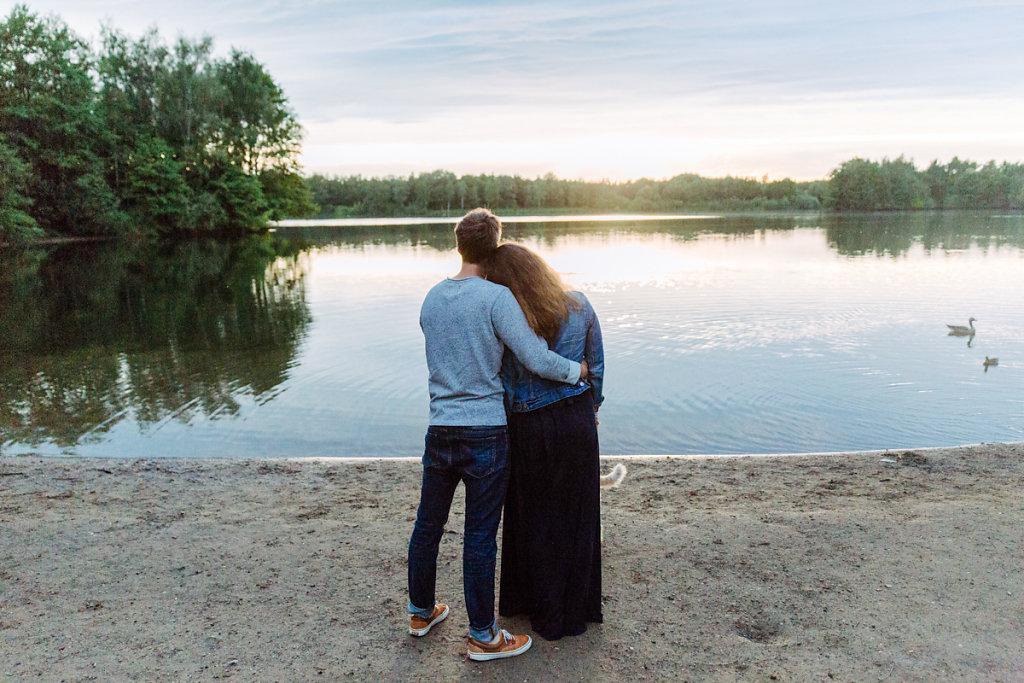 mh-hochzeitsfotografie-verlobung-im-gruenen-botropp-46.jpg